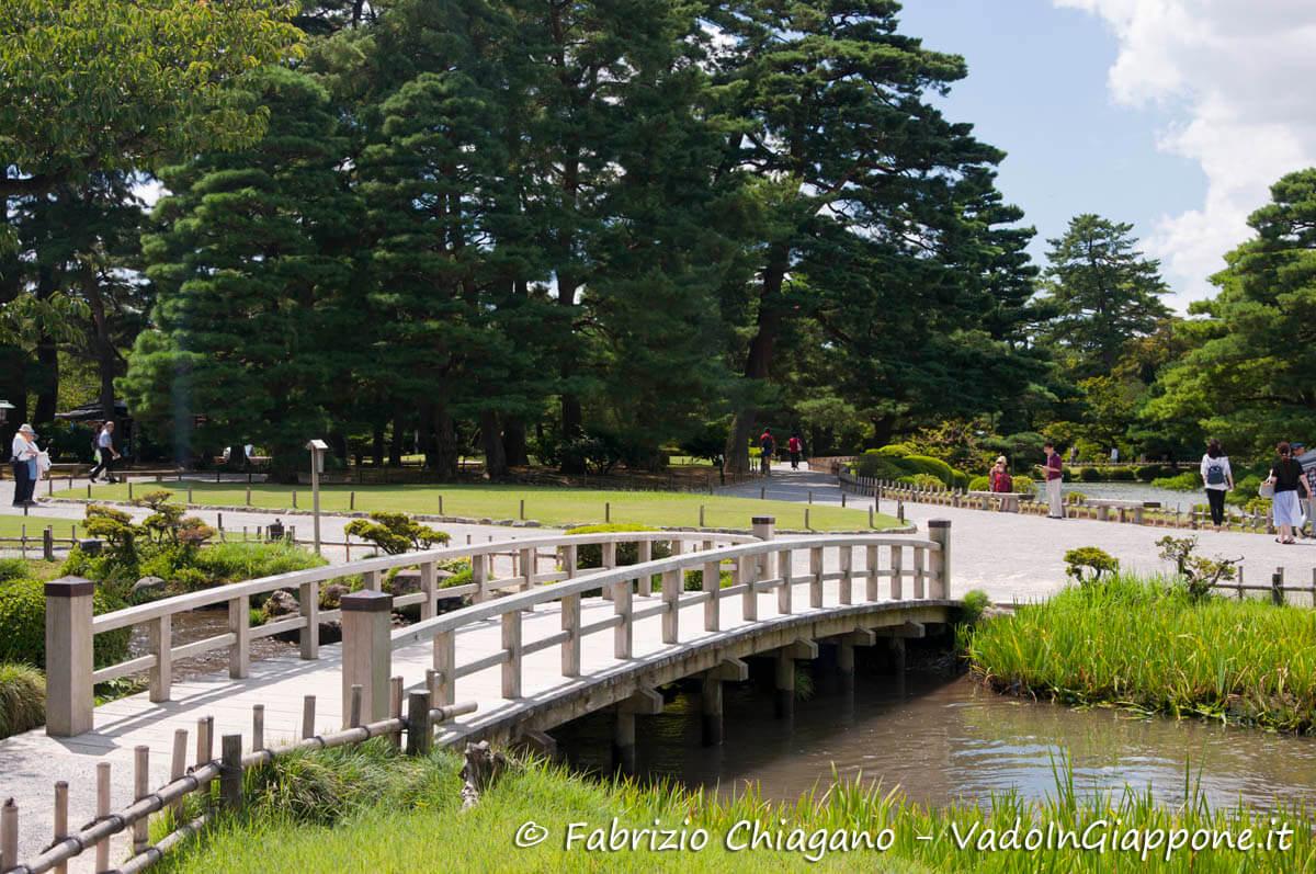 kanazawa  u00bb giardino kenrokuen