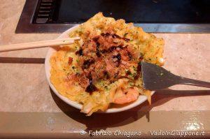 Quarta fase della preparazione dell'okonomiyaki, Cibi e cucina giapponese
