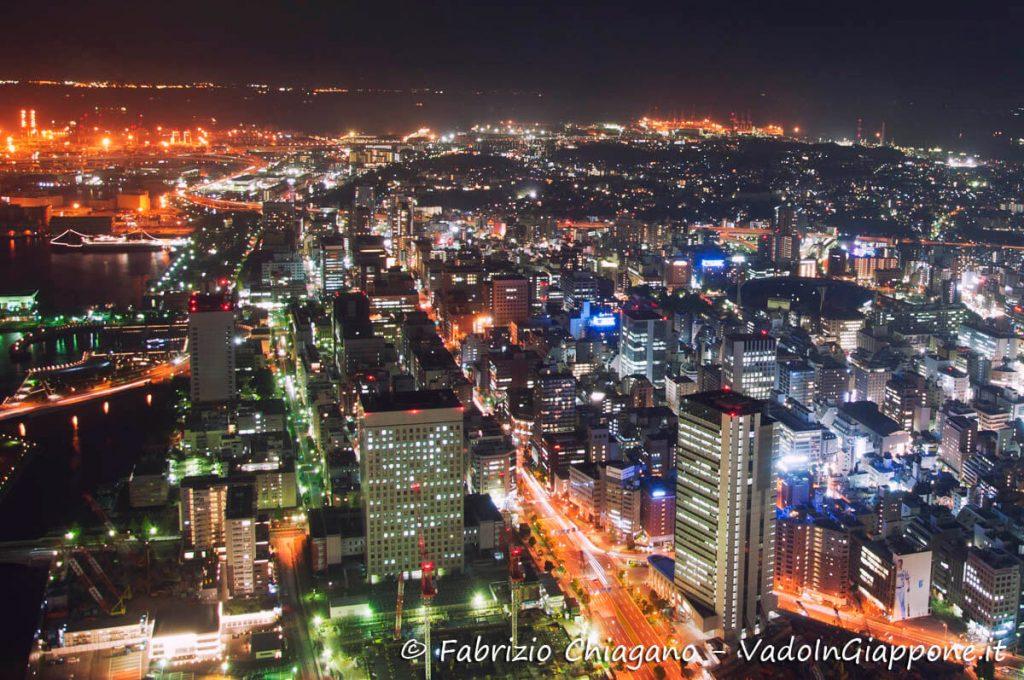 Vista notturna della città dalla Landmark Tower, Yokohama, Giappone