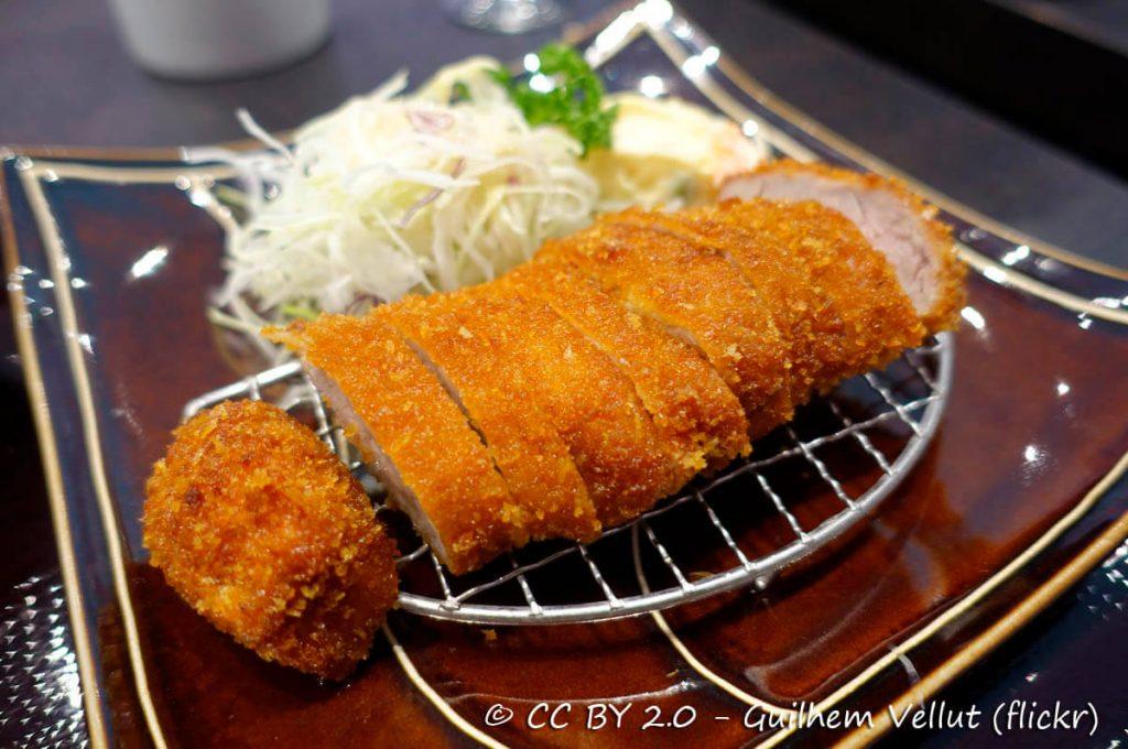 Tonkatsu, Cibi e cucina giapponese