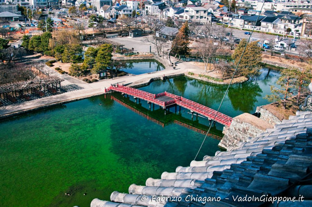 Visuale dall'alto sullo stagno, Castello di Matsumoto
