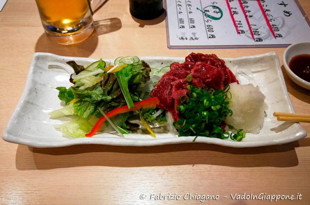 Basashi, sashimi di cavallo