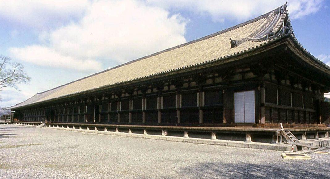 Il tempio delle con 1001 statue di Kannon: il Sanjusangendo